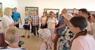 фестиваль экскурсоводов в галереи Кастуся Качана